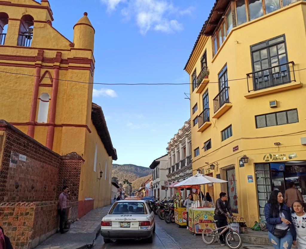san cristobal de las casas a view on a street